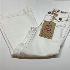"NWT ""Children's Place"" Size 5 White Flair Jeans"